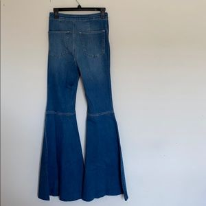 Free People Just Float On Flare Bottom Jeans Sz 27